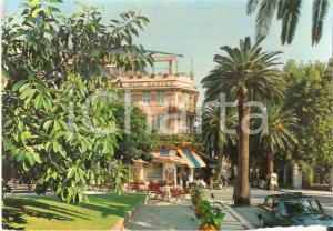 1965 ALASSIO (SV) Panorama di Via Cavour - ROMA Roof Garden *Cartolina FG VG