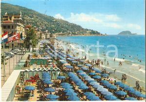 1964 ALASSIO (SV) Veduta generale della spiaggia *Cartolina FG VG