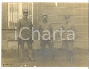 1915 ca WWI REGIO ESERCITO Tre ufficiali di fanteria *Foto 24x18 DANNEGGIATA