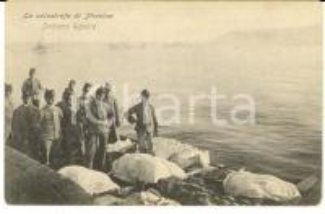 1908 MESSINA TERREMOTO Militari imbarcano salme delle vittime *Cartolina FP NV