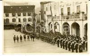 1931 TOLMEZZO (UD) Rivista militare dell'11 Novembre *Cartolina postale FP VG