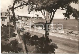 1947 ALBISSOLA MARINA (SV) Sorpasso tra auto e BAGNI SAVOIA *Cartolina FG VG