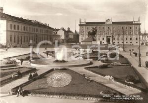 1955 ca MONZA Piazza Trento e Trieste con Monumento ai Caduti *Cartolina FG NV