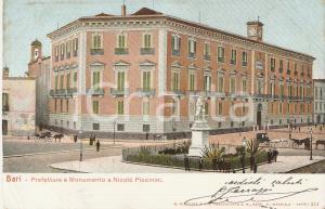 1905 ca BARI Prefettura e monumento a Nicolò PICCININI *Cartolina FP VG