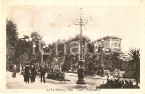 1915 ca SALSOMAGGIORE TERME (PT) Passanti in Viale Romagnosi *Cartolina FP NV