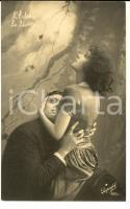 1920 ca AMORE Abbraccio tra innamorati - L'edera *Cartolina VINTAGE FP