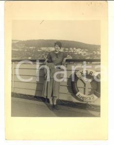 1940 ca AREA ITALIANA Passeggera sul ponte del transatlantico REX *Foto 17x24