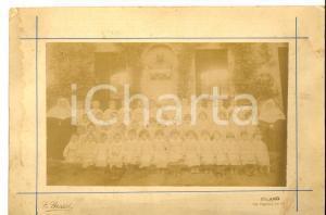 1920 ca MILANO Ritratto di una classe elementare con due suore *Foto E. GROSSI