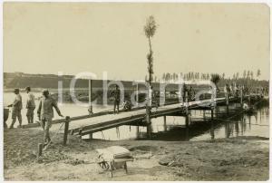 1915 ca AREA LOMBARDA - Reparto del GENIO costruisce passerella *Foto 22x17