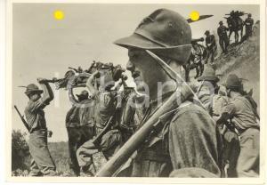 1940 WW2 Alpini trasportano le armi *Foto per cartolina ditta Paolo MARZARI