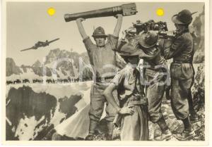 1940 WW2 Gruppo di ALPINI con artiglieria e aereo *Foto per cartolina MARZARI