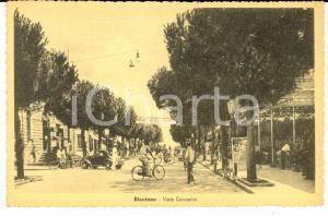 1942 RICCIONE (RN) Viale CECCARINI *Cartolina ANIMATA biciclette FP NV