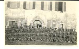 1918 WW1 ZONA DI GUERRA Battaglione di alpini presso dimora rurale *Foto 15x10