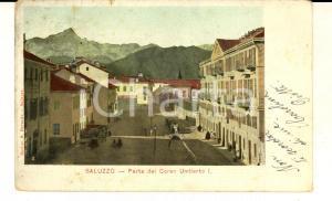 1904 SALUZZO (CN) Parte del corso Umberto I *Cartolina ILLUSTRATA FP VG