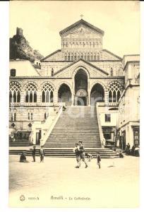 1910 ca AMALFI (SA) Veduta della cattedrale *Cartolina postale ANIMATA FP NV