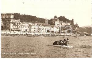 1960 ca CELLE LIGURE (SV) Svaghi balneari col pedalò *Cartolina FP NV