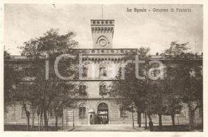 1916 LA SPEZIA Militari davanti alla Caserma di Fanteria *Cartolina FP VG