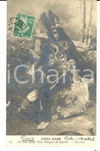 1909 FRANCE LUNA PARK Peau-Rouge OSCAR mangeur de serpents *Carte postale