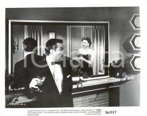 1956 THREE FOR JAMIE DAWN Laraine DAY points a gun - Movie by Thomas CARR *Photo