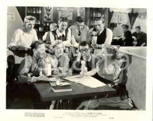 1949 FLAME OF YOUTH Barbra FULLER with her crew - Movie by R.G. SPRINGSTEEN