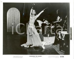 1961 FOXHOLE IN CAIRO Fenella FIELDING belly dancer - Movie John MOXEY *Photo