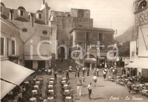 1953 CAPRI Panorama della piazza del turisti e negozio PERUGINA Cartolina FG VG