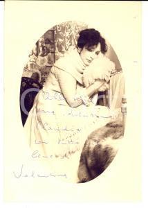 1960 ca CINEMA Attrice Valentina CORTESE *Fotografia seriale con AUTOGRAFO