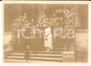 1920 ca AREA DI UDINE Un gruppo di ufficiali con mogli e bambini *Foto VINTAGE