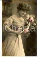 1908 THEATRE Actress Betty DARMAND - Portrait with flowers *VINTAGE postcard FP