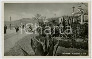 1942 BORDIGHERA (IM) Veduta della passeggiata a mare *Cartolina animata FP VG