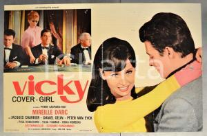 1966 VICKY - COVER GIRL Mireille DARC Fotobusta 65x43 cm DANNEGGIATA