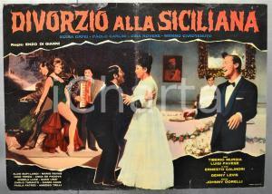 1963 DIVORZIO ALLA SICILIANA Moira ORFEI Johnny DORELLI Fotobusta 66x46 cm