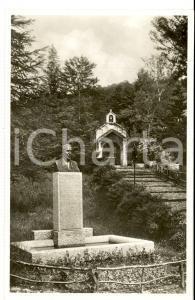 1930 ca VALGANNA Villaggio Alpino - Chiesina e busto BOGNETTI *Cartolina
