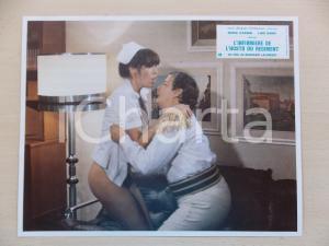 1979 INFERMIERA NELLA CORSIA DEI MILITARI Nadia CASSINI *Lobby card ED. FRANCESE