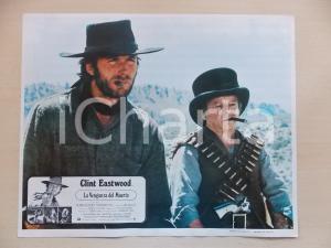 1973 LO STRANIERO SENZA NOME Clint EASTWOOD Billy CURTIS *Lobby card 34x28 cm