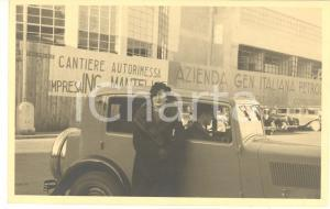 1935 ca GENOVA Cantiere impresa G. MANTELLI - Donna con automobile *Foto