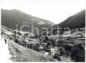 1977 TEMÙ / VAL CAMONICA (BS) Veduta panoramica del paese *Foto 18x13 cm