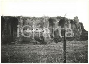 1976 MINTURNO Complesso archeologico di MINTURNAE Le mura del teatro *Foto 18x13
