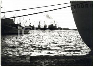 1979 CIVITAVECCHIA Nave CITTA' DI NUORO - TIRRENIA ormeggiata *Fotografia 18x13