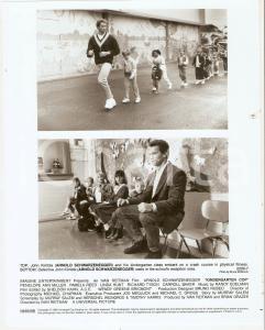 1990 KINDERGARTEN COP Arnold SCHWARZENEGGER - Movie by Ivan REITMAN *Photo 20x25