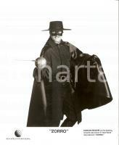 1990 ca ZORRO Duncan REGEHR uses the sowrd - Masked portrait *Photo 20x25