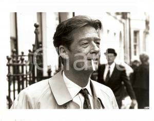 1989 SCANDAL - CASO PROFUMO Portrait of John HURT *Photo 25x20 cm