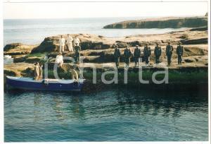 1997 SANTO STEFANO Militari su una scogliera - Film di Angelo PASQUINI *Foto