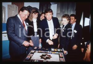 35mm vintage slide* 1989 NEW YORK Donald TRUMP unveils game TRUMP:THE GAME (3)