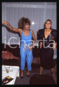 35mm vintage slide* 1984 COSTUME - Tina TURNER e Loredana BERTÈ (2)