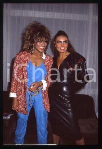 35mm vintage slide* 1984 COSTUME - Tina TURNER e Loredana BERTÈ (5)