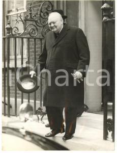 1954 LONDON Downing Street - Sir Winston CHURCHILL smiling *Photo 15x20 cm