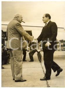 1954 LONDON Biggin Hill - Winston CHURCHILL greeting Pierre MENDES FRANCE *Photo