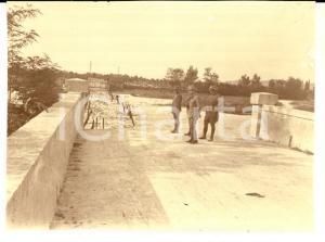 1916 WW1 ZONA DI GUERRA Pattuglia di ufficiali in zona rurale *Foto 8x6 cm