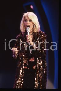 35mm vintage slide* 1988 RAI 2 Amanda LEAR nel programma Tv IMPROVVISANDO (19)